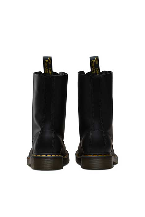 dr martens 1490 10 eye boot black