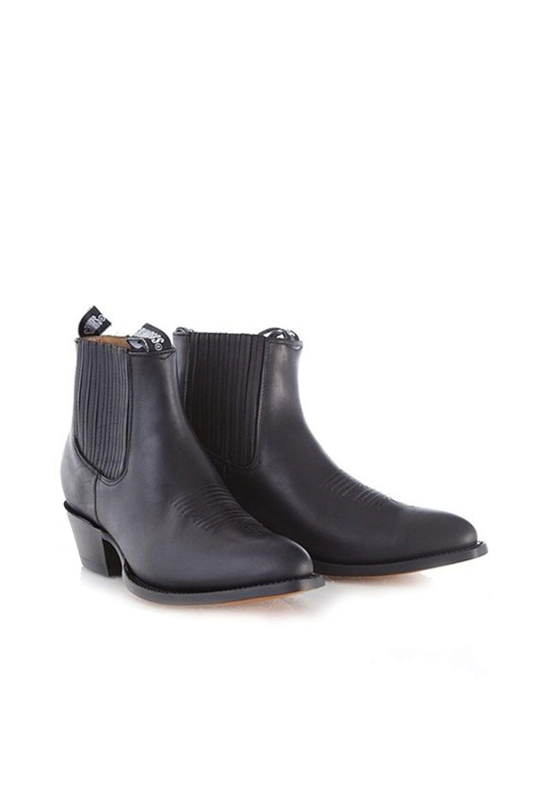 grinders boots maverick