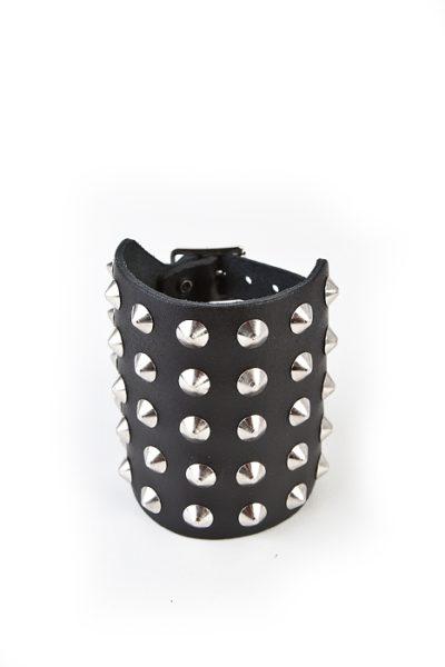 5-Row Cone Wristband Black