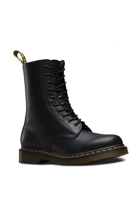 1490 10 EYE BOOT BLACK