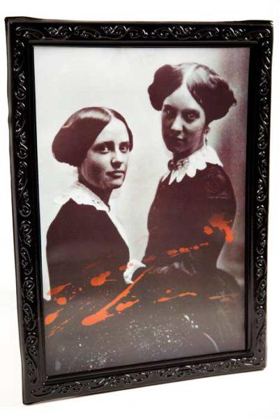 3d vampire sisters