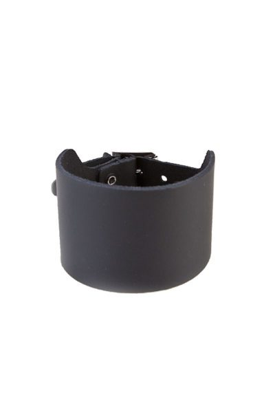 randomizer 3-row plain leather wristband