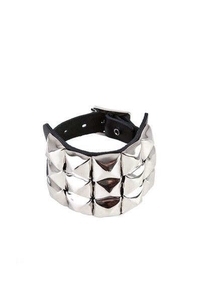 randomizer 3-row pyramid-wristband black