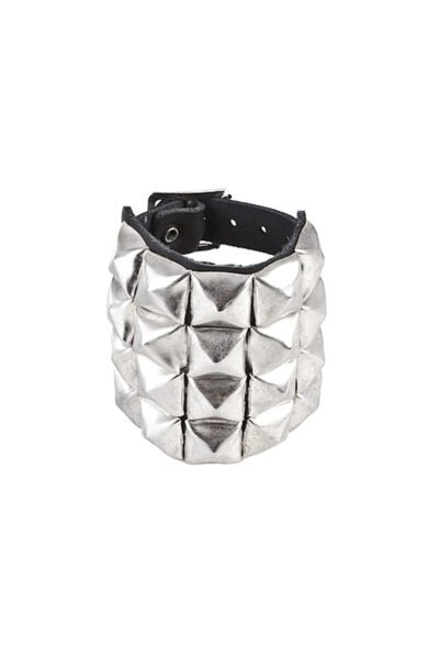 randomizer 4-row pyramid-wristband black