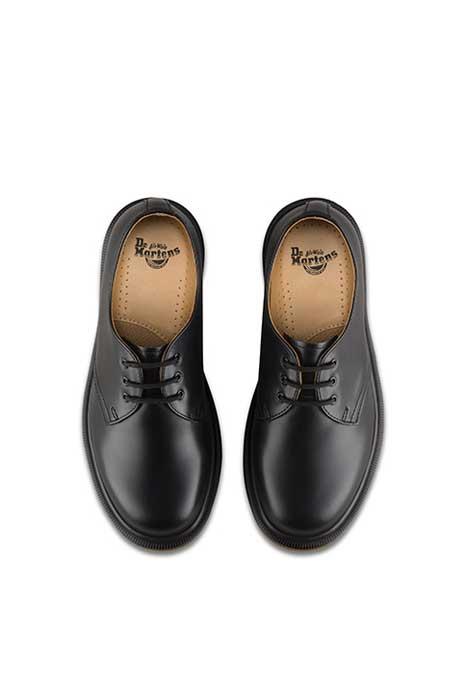 1461 plain 3 eye shoe Dr Martens