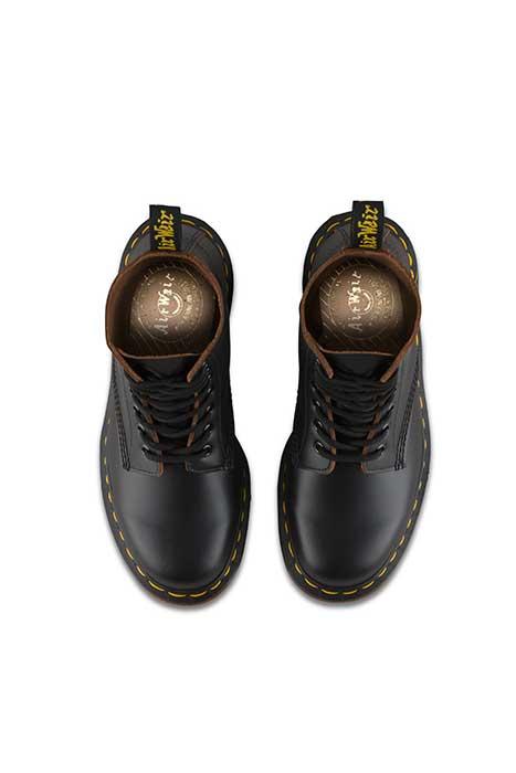 skor från england online