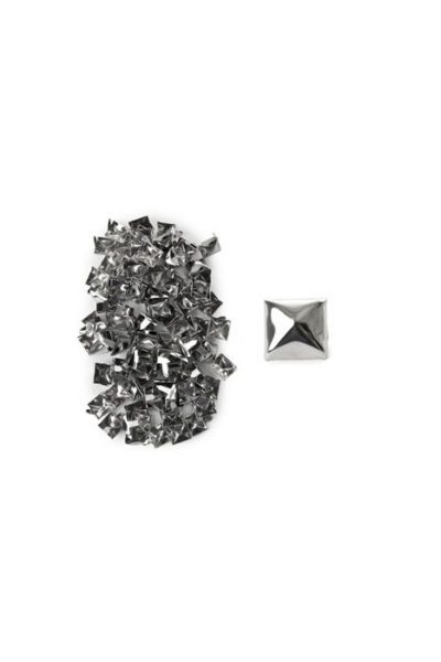 100-Pack Small Pyramid Studs