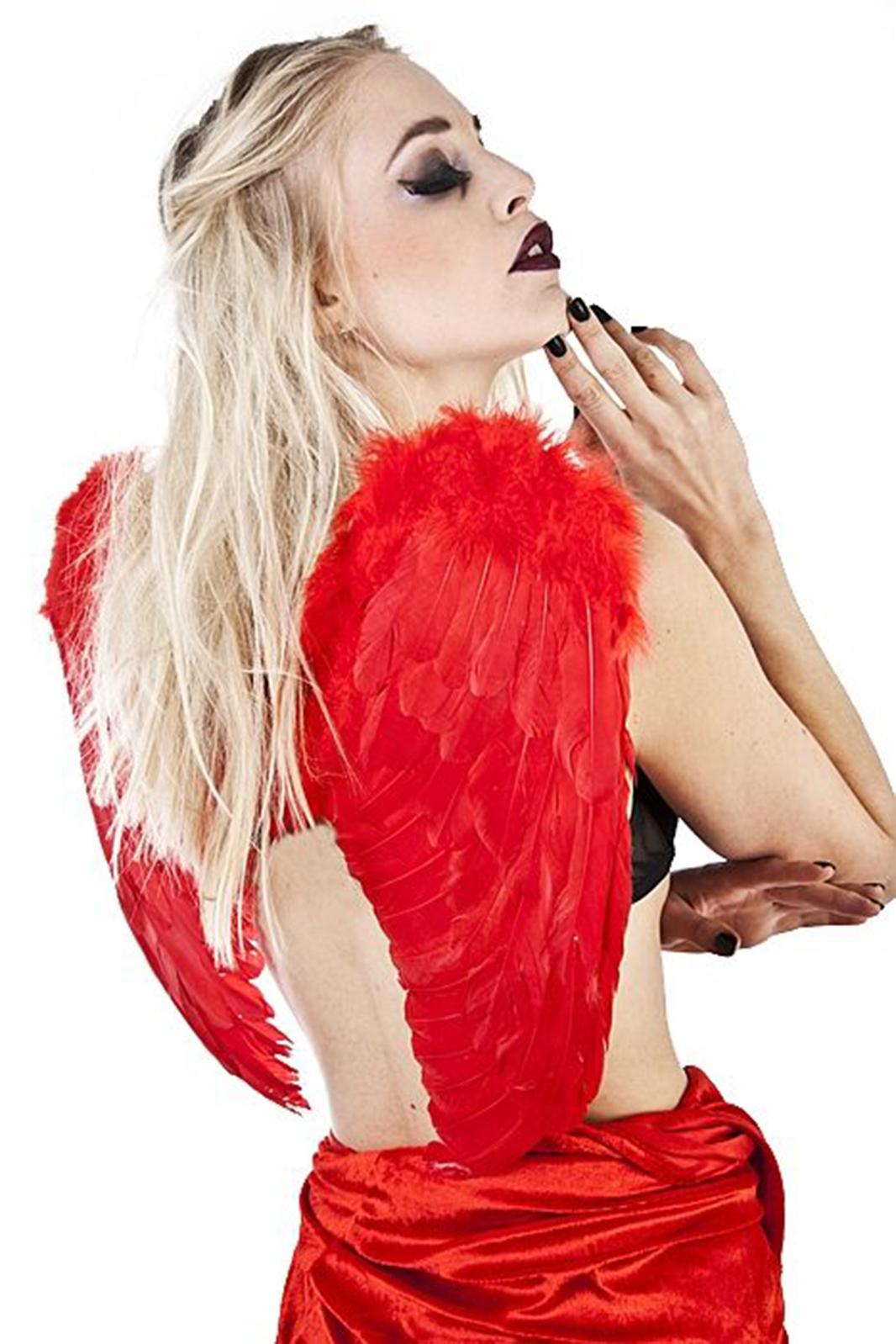 Medium Wings Red