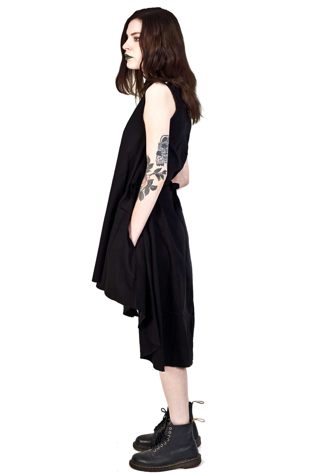 Aino Dress Black Side