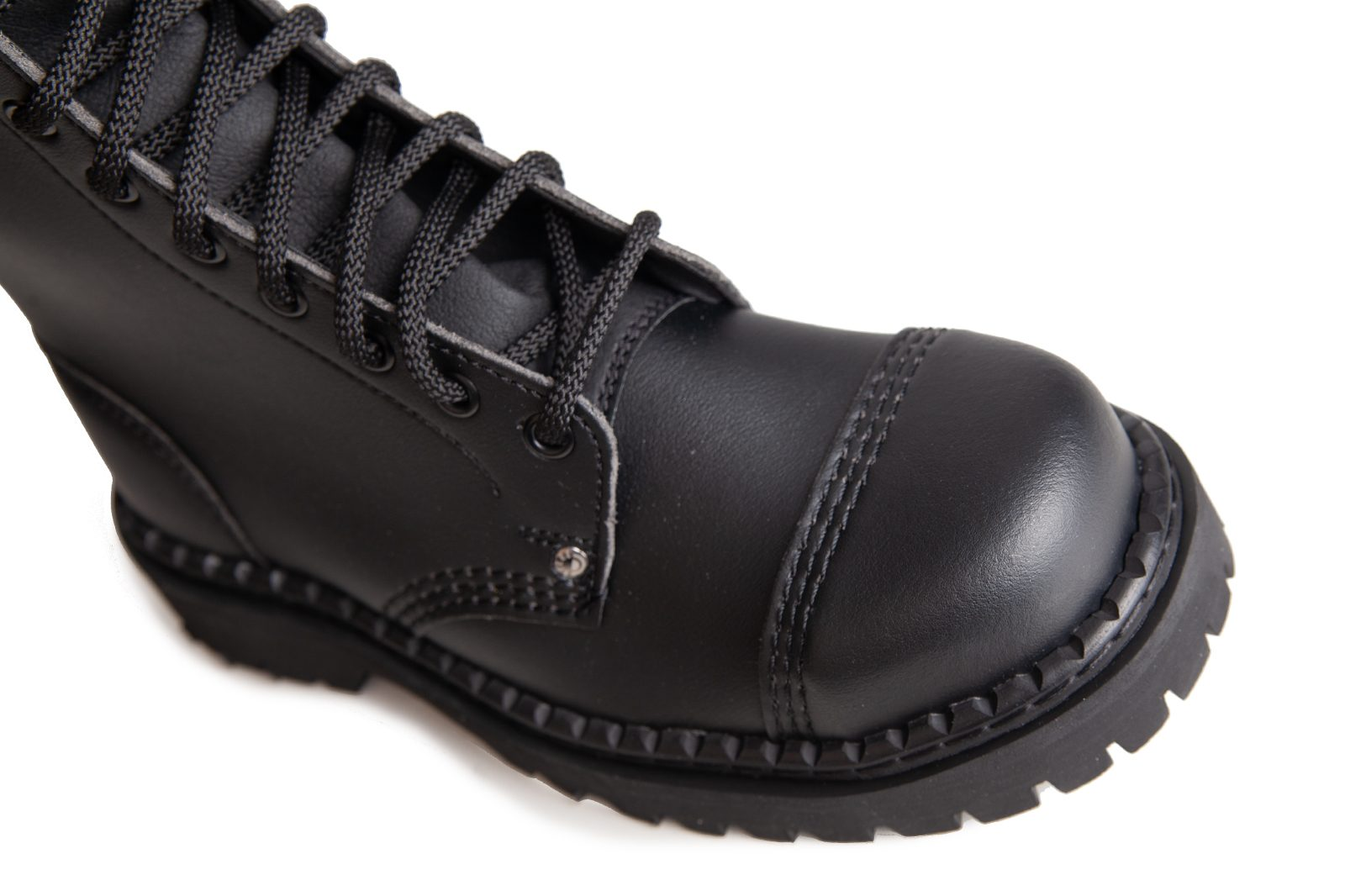 14 Eye Toe Vegan Boots Black