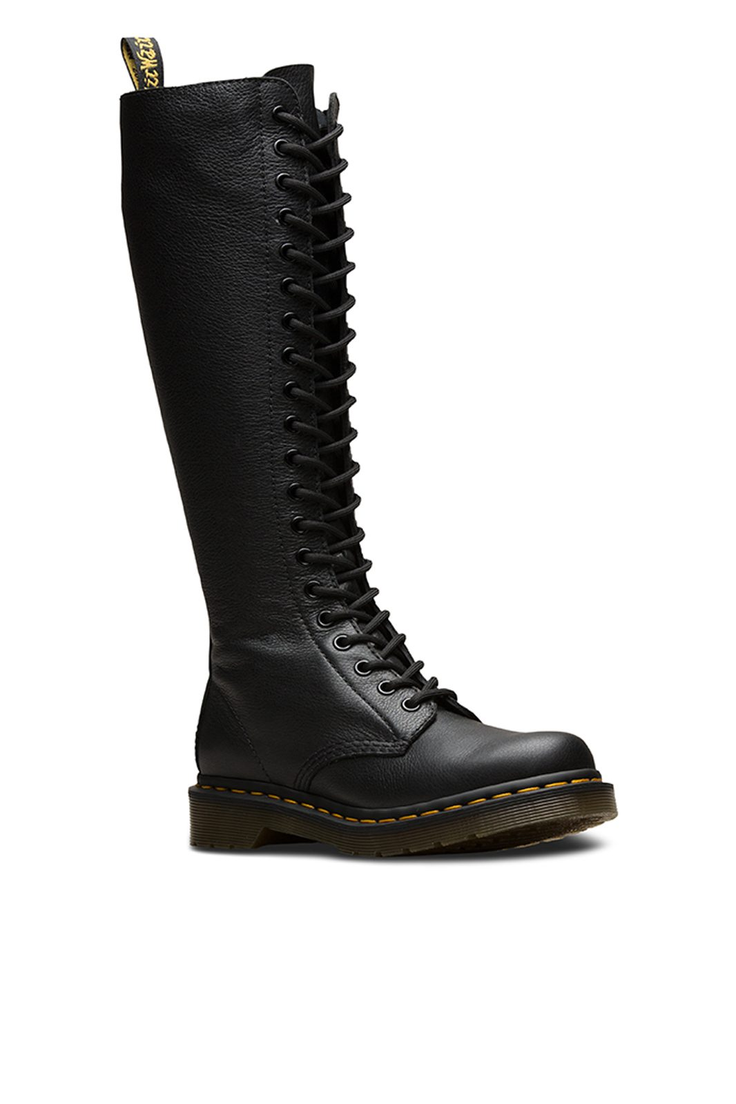 1b60 20 eye boot Black