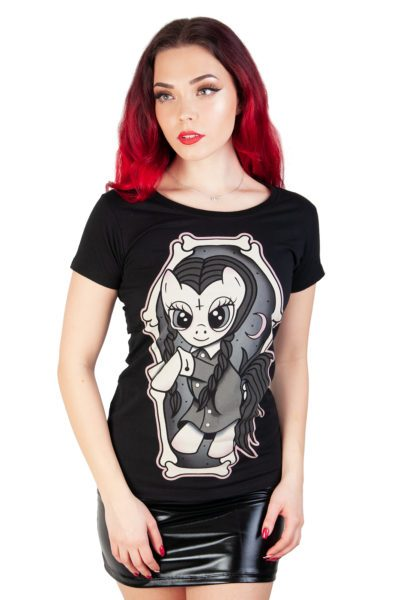 Wednesday Pony Tee Black
