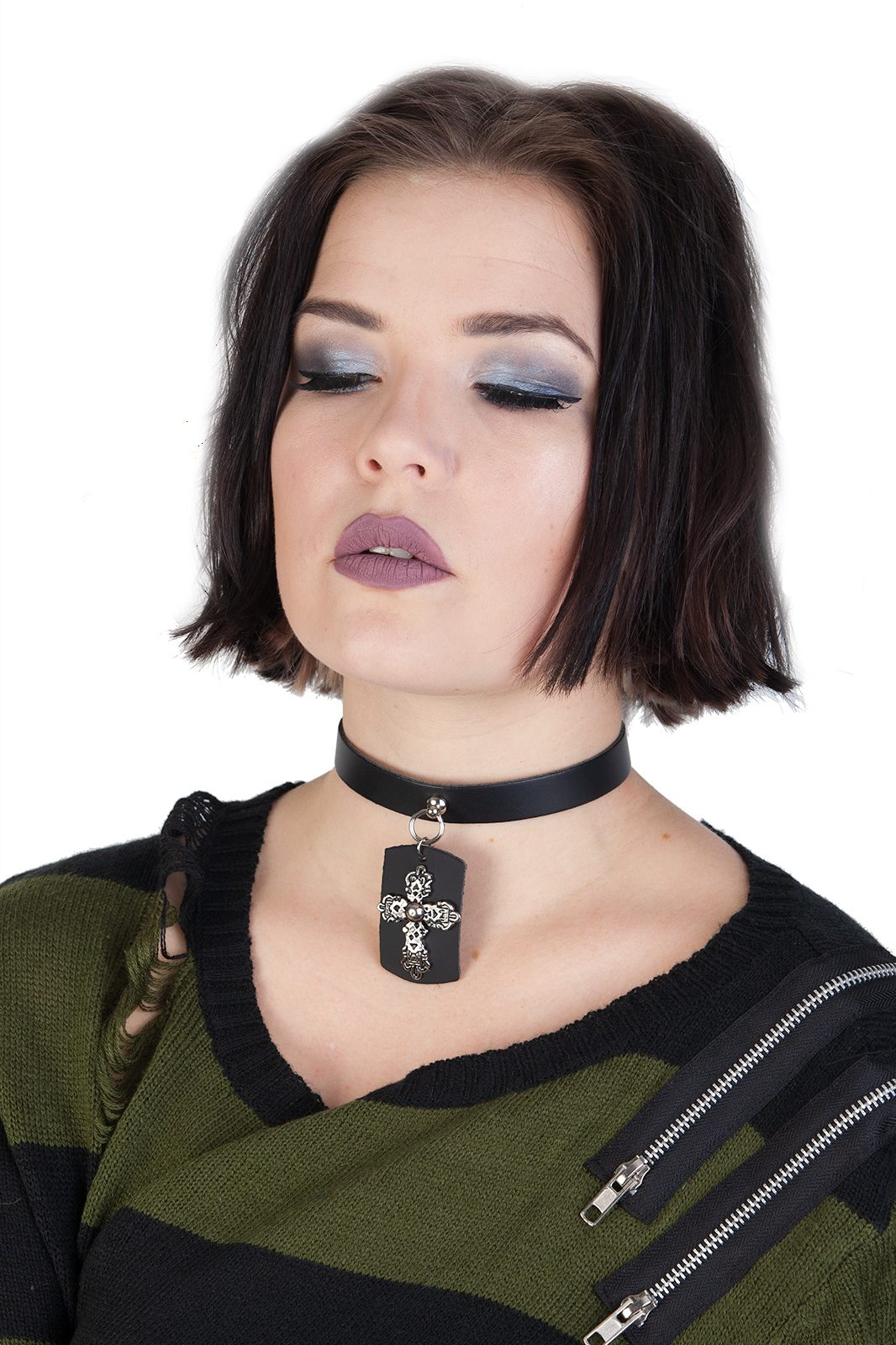 1 Row Crucifix Leather Choker