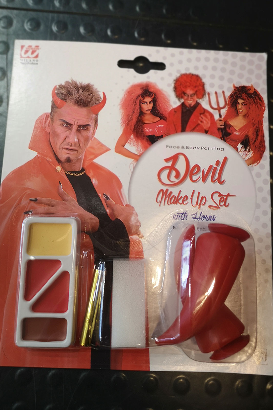 Devil Make-Up Set