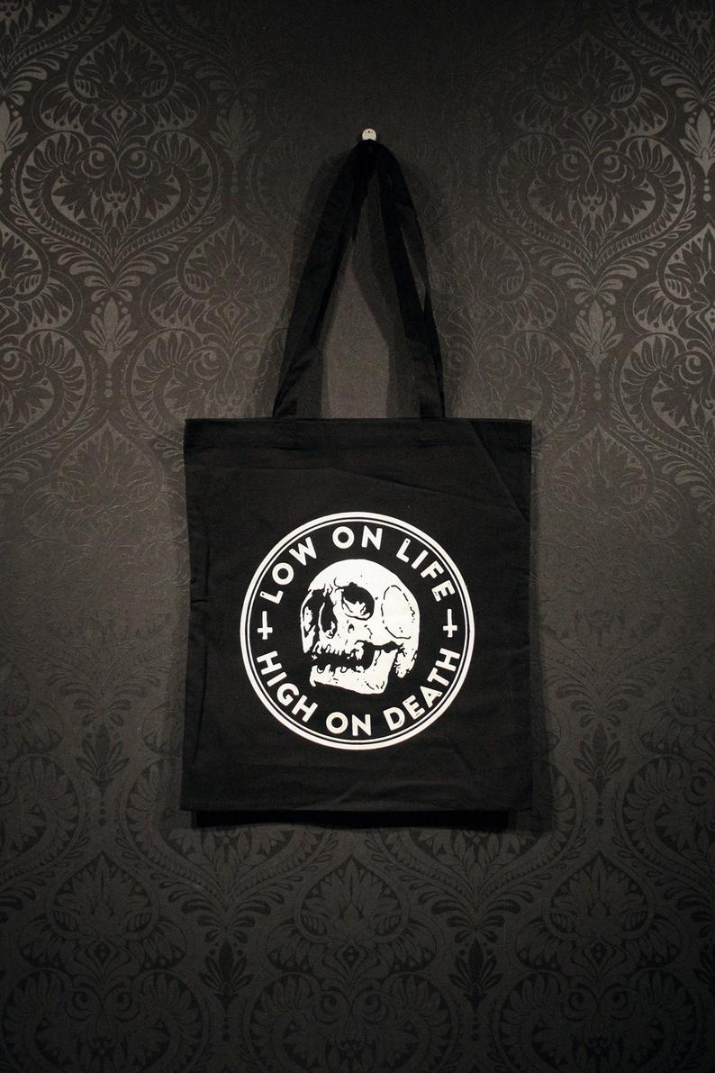 Low on life Tote bag