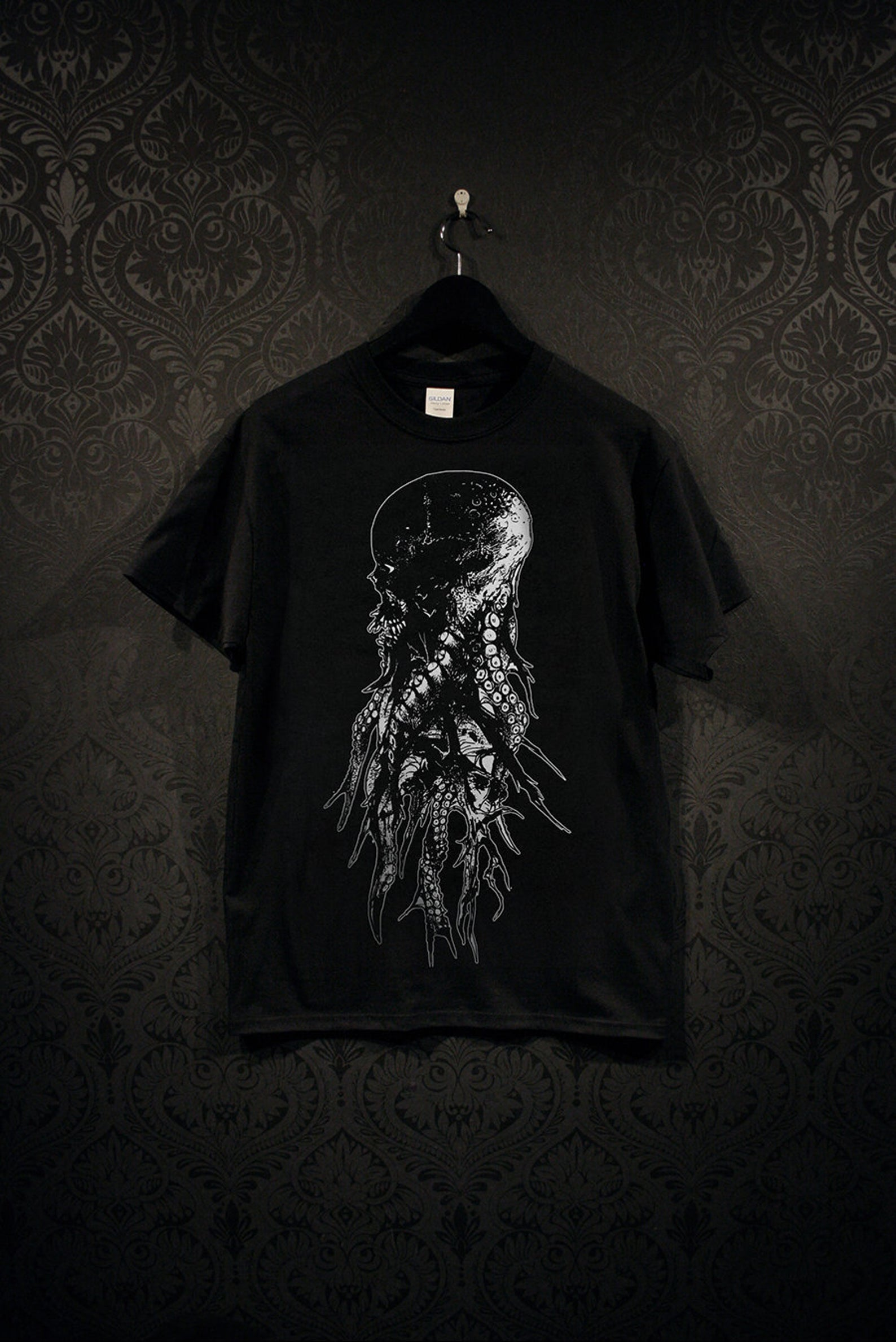 Tentacle Skull Tee Black